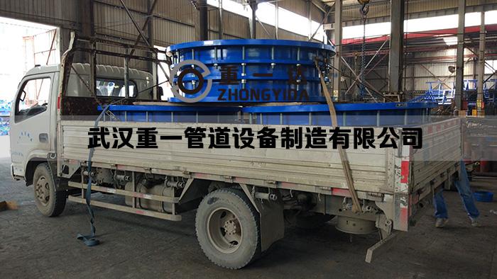 DN1800钢制伸缩接节发货