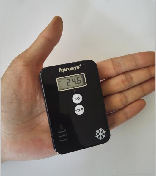 0技术,高性能集成电路,实现了温湿度记录仪与移动蓝牙设备的无线通讯.